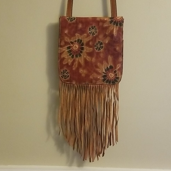 Patricia Nash Handbags - Patricia Nash 70s Revival Fringed Crossbody